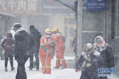 青海南部地区降雪还将持续 省内部分路段因降雪封闭