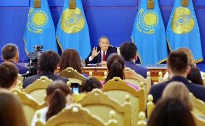 哈萨克斯坦政府解散了