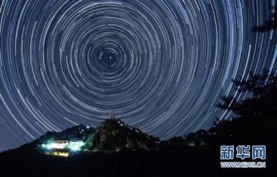 流星雨、日食月食、水星凌日……这些天文美景今年都在等你来看呢