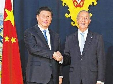 习近平同葡萄牙总统德索萨就中葡建交40周年互致贺电