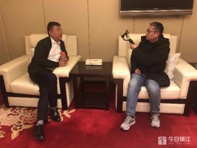 视频 | 全国人大代表王巍受访时建议:加强短视频类APP监管力度