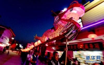 扬中西来桥首届龙灯文化节开幕 20天内舞龙、糏塑等民俗活动轮番上阵