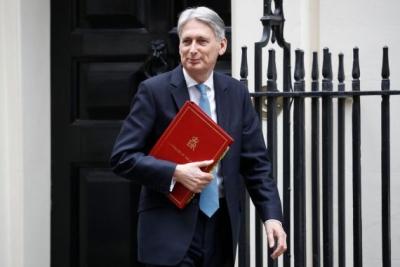 英国财政大臣说,议会很可能再次就脱欧进行表决