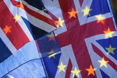 """英国开始签发""""去欧盟""""护照"""