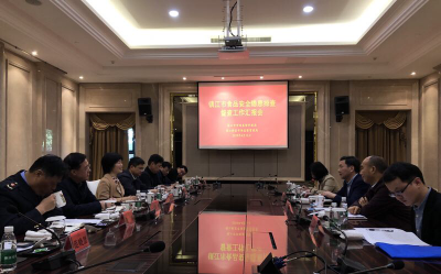 省市场监管局督查组对镇江食品安全隐患开展现场督查