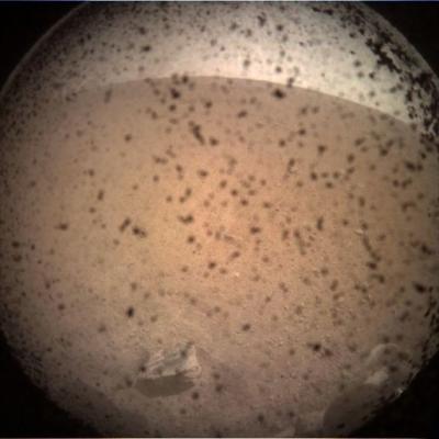 """人类探测器可能首次探测到""""火星震"""""""