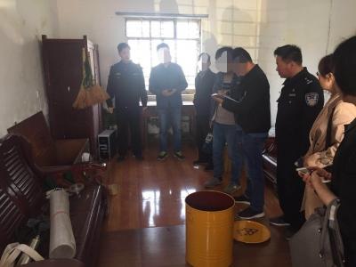 扬中民警上门为企业排忧 两枚放射源被安全处置
