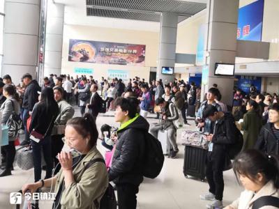 晴好天气助推市民出行 清明小长假镇江公路客运发送9.6万人次