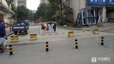 """消防通道变""""商品房"""" 哈尔滨15名公职人员被追责"""