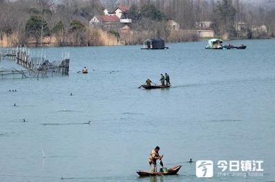 渔民又立功!江苏渔民捞获两个海上潜航窃密装置