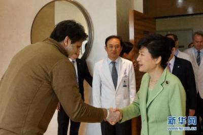朴槿惠坐牢2年零16天 今夜羁押期满 法院:不放她