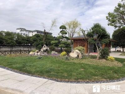 丹阳市区跨香草河桥绿化恢复工程顺利完工