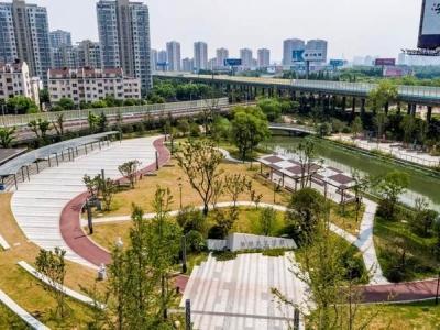 """有妙招!看江苏高速桥下生""""花"""",打开桥下空间治理新路径"""
