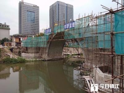 古运河上一座新桥正在铺装桥面 原来是大有来历的石浮桥