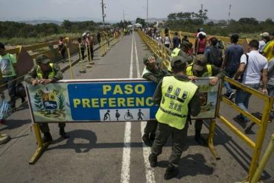 委内瑞拉宣布重新开放与哥伦比亚部分边界