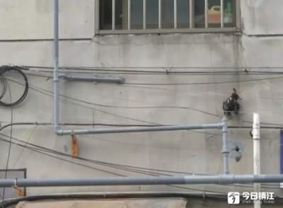 丹阳一小区为便民统一安装天然气,部分居民缴费8个月后仍未接通