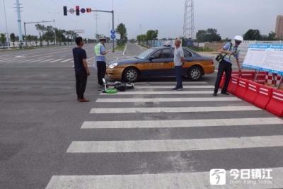 又一起电动车出租车相撞事故,电动车全责!