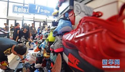 爆款运动鞋被炒出天价:除了用来穿还隐藏着大生意