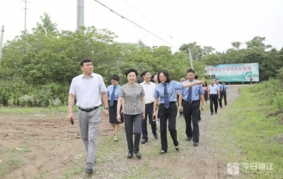 镇江市人大常委会专题调研全市检察机关公益诉讼工作