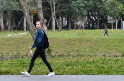 每天一万步,真的健康吗?市三院骨科主治医师尹良东的忠告