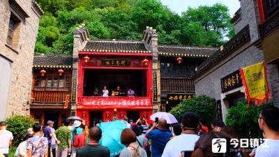 用民谣拨动城市音乐心弦  民谣音乐会在西津渡热闹开唱