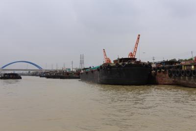 长江与苏南运河水位差达3米  镇江启动洪水蓝色预警