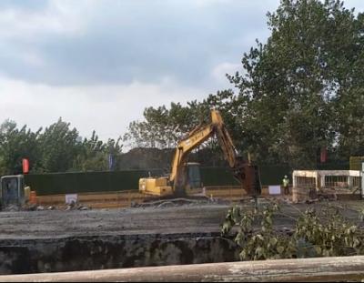 今天起,谷阳路跨铁路桥开始拆除老桥