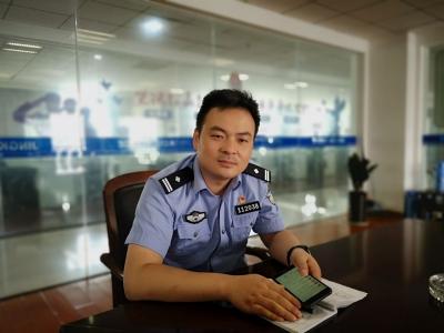 智勇双全的破案能手——访市优秀共产党员、京口刑警大队副大队长李晓飞
