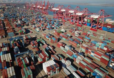 前7月我国外贸进出口同比增4.2%