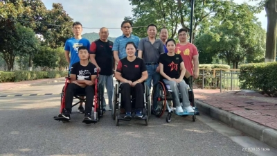 市残联慰问我市备战特奥会残疾人运动员和教练员