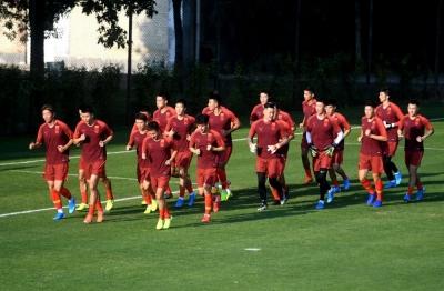 归化球员加盟、足协完成换届 新国足能否打进世界杯