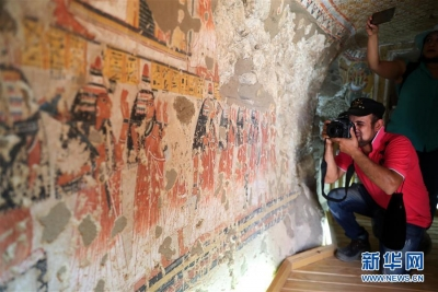 埃及两座3300年历史的古墓正式向游客开放