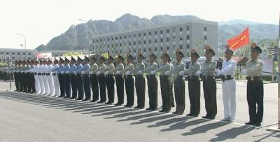 国庆阅兵这个方队352人,年龄最大的59岁!他们是这样训练的