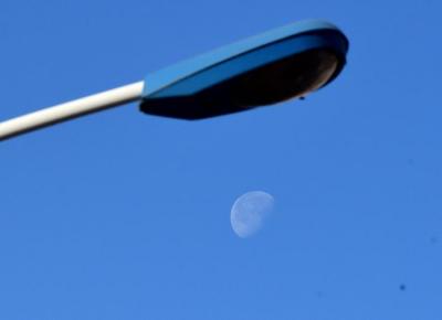 """印度""""月船2号""""着陆器在登月时失联"""