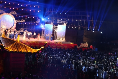 两千人齐聚扬中长旺村共婵娟 赏月 赏景 赏文化