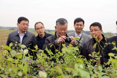 赵亚夫:为农民服务一辈子