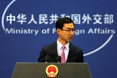 """越南称中国船只""""继续侵犯""""其专属经济区 外交部回应"""