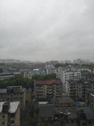国庆假期镇江有风雨有降温  气温波动达6至8℃