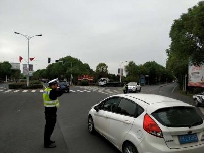 国庆期间镇江道路交通安全形势持续稳定