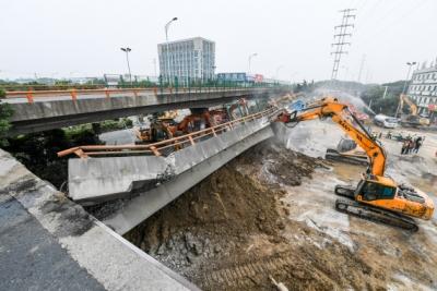 后续 | 无锡高架桥侧翻事故现场清理完成 下层横穿道路恢复通行