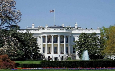白宫说仍期待11月与中方敲定第一阶段贸易协议