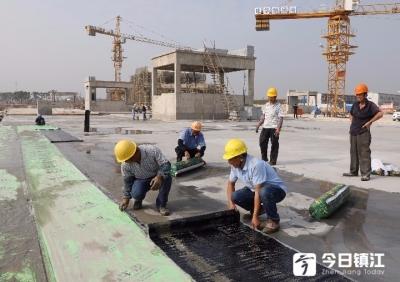 """镇江""""海洋世界""""建设全力推进,大型地下车库进入顶部防水施工"""