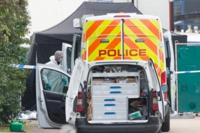"""英国警方:将以过失杀人罪等罪名起诉""""死亡货车""""驾驶员"""