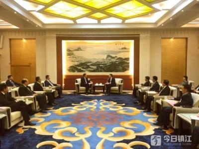 镇江新松物流装备机器人项目正式签约