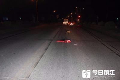 视频 | 句容老人过马路时被撞身亡监控拍下惊心一幕