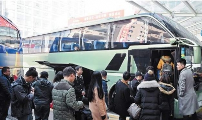 两部门:6岁以下或身高1.2米以下儿童可免费乘客运班车