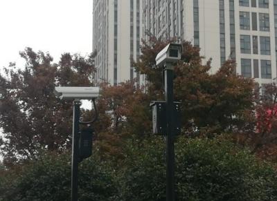 全市首个交通违法自动抓拍系统 在丹徒区宝龙广场路口建成启用
