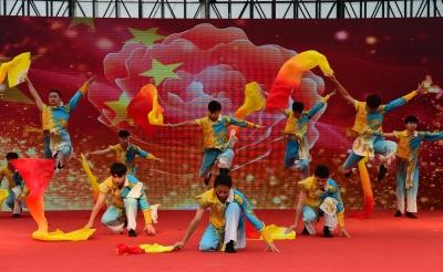 第十三届中国镇江金山文化旅游节闭幕