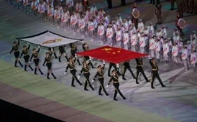 解放军报评论员:凝神聚力共筑中国梦强军梦