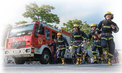 记者走进多地消防救援队伍,走近赴汤蹈火的英雄群体不畏艰险 冲锋在前(一线探访)